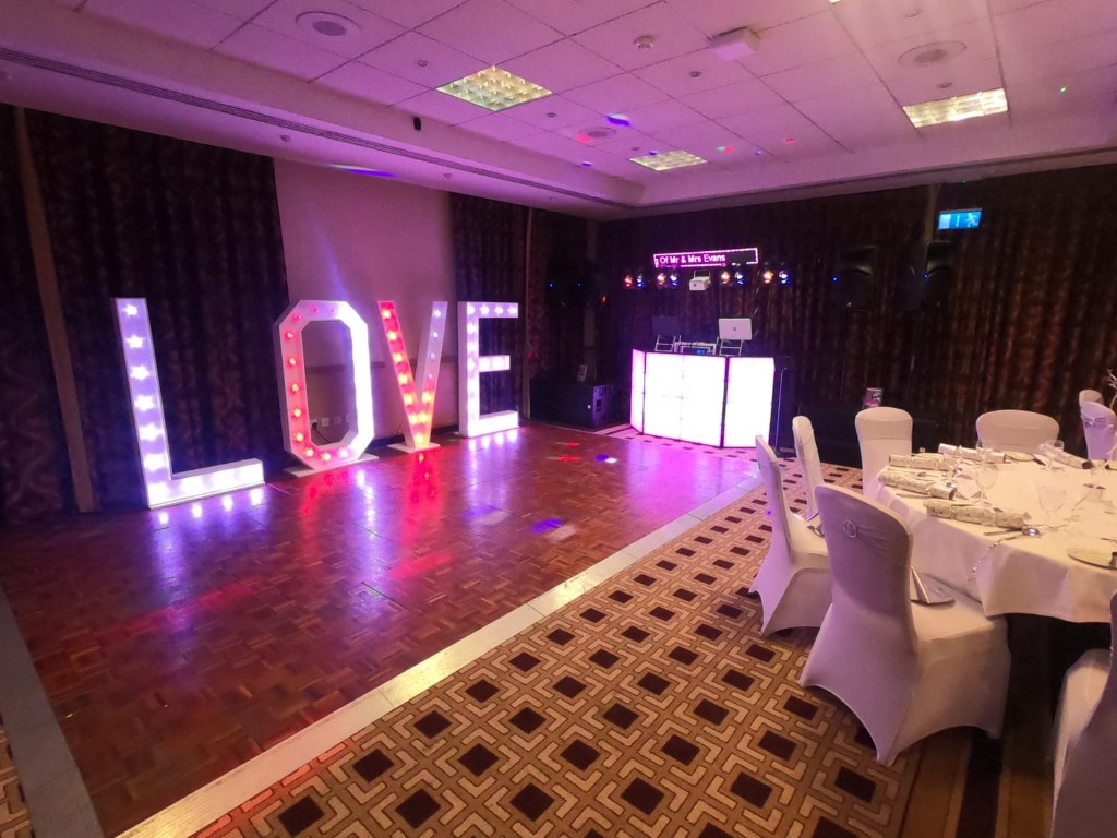 love letters for hire Maidstone, LED light accessories, SOS Entertainment