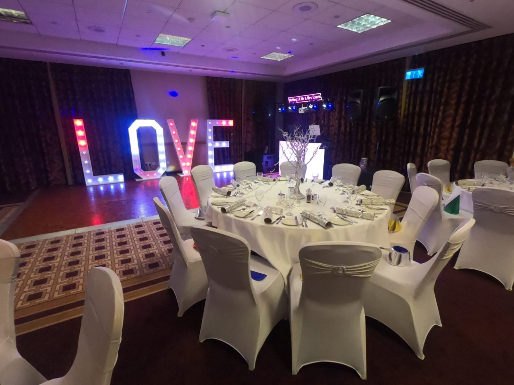 love letters for hire Sussex, LED light accessories, SOS Entertainment
