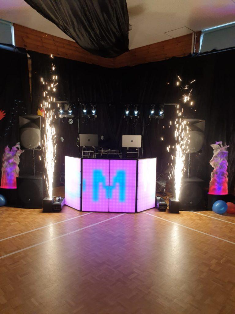 mobile dj, disco light show