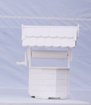 white wishing well for wedding cards and gifts