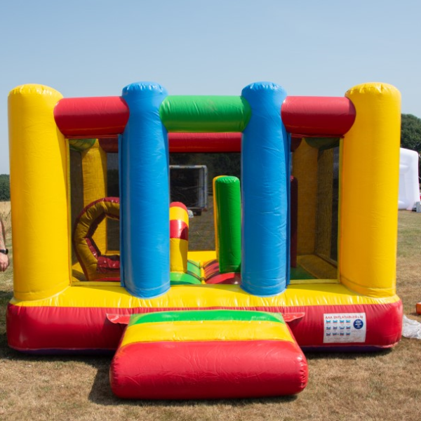 small bouncy castle to hire, childrens party entertainment