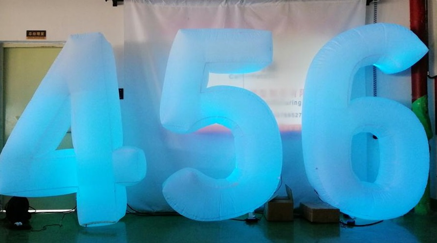 inflatable numbers, light up numbers to hire
