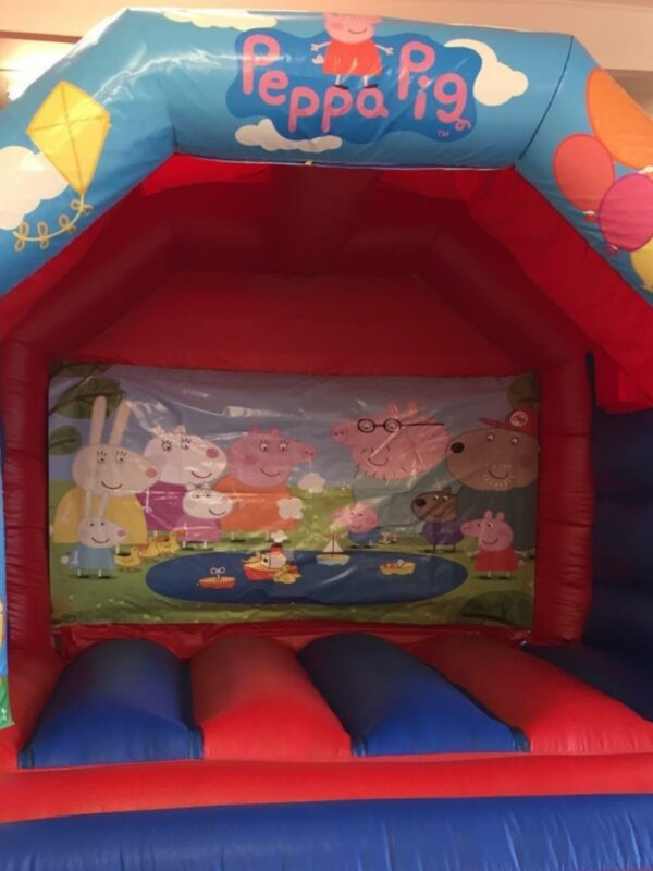 bouncy castle hire, popular pig character bouncy castle for children