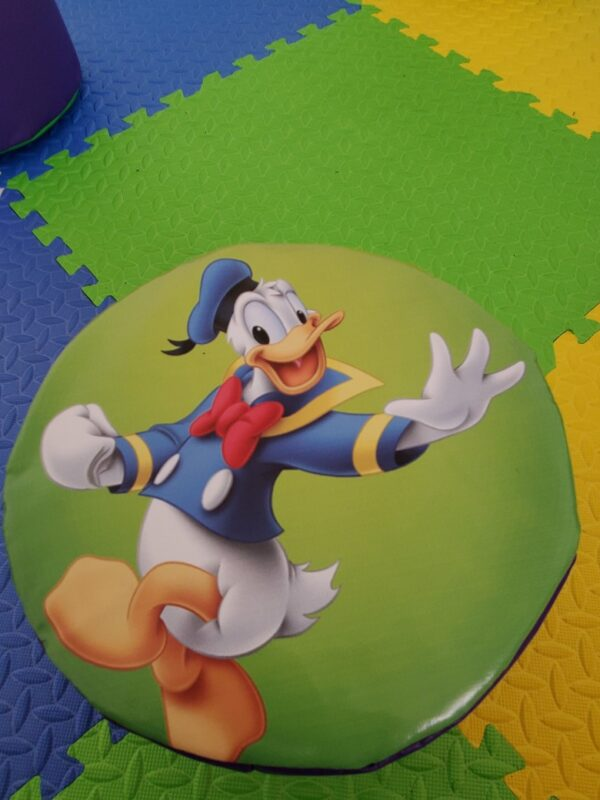 cartoon friends soft play hire kent and sussex