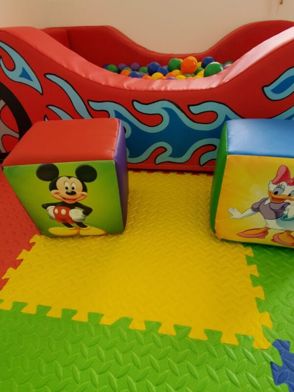play shapes and mat soft play hire kent
