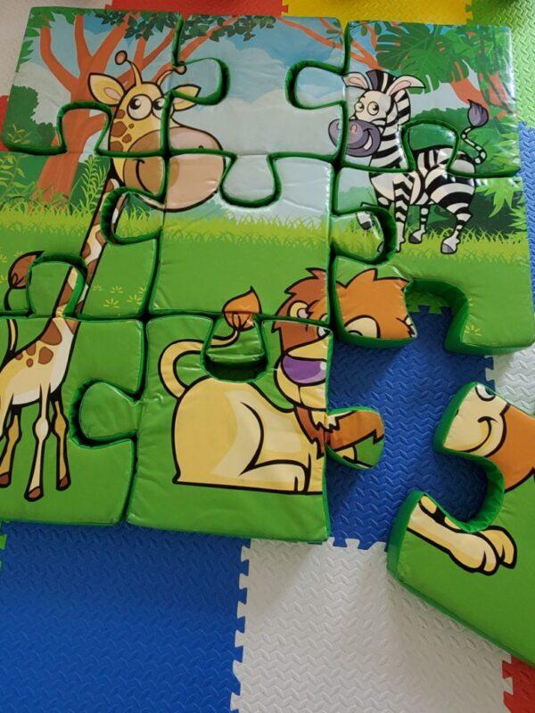 9 piece jungle friends foam floor puzzle