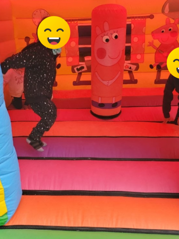 play dates bouncy castle, bouncy house hire