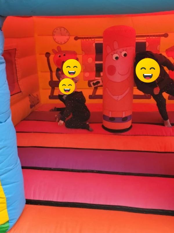 peppa pig bouncy house hire