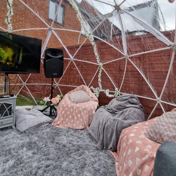 igloo dome hire, HD screen and speakers, karaoke in garden